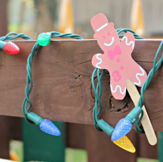 Christmas Games for Kids: Gingerbread Scavenger Hunt