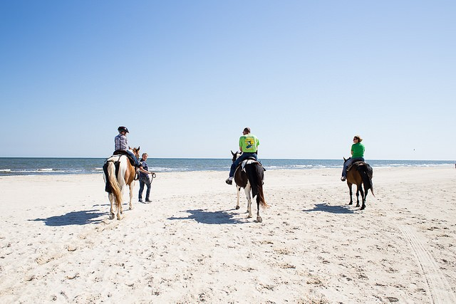 beach adventures with kids - horseback riding as a family
