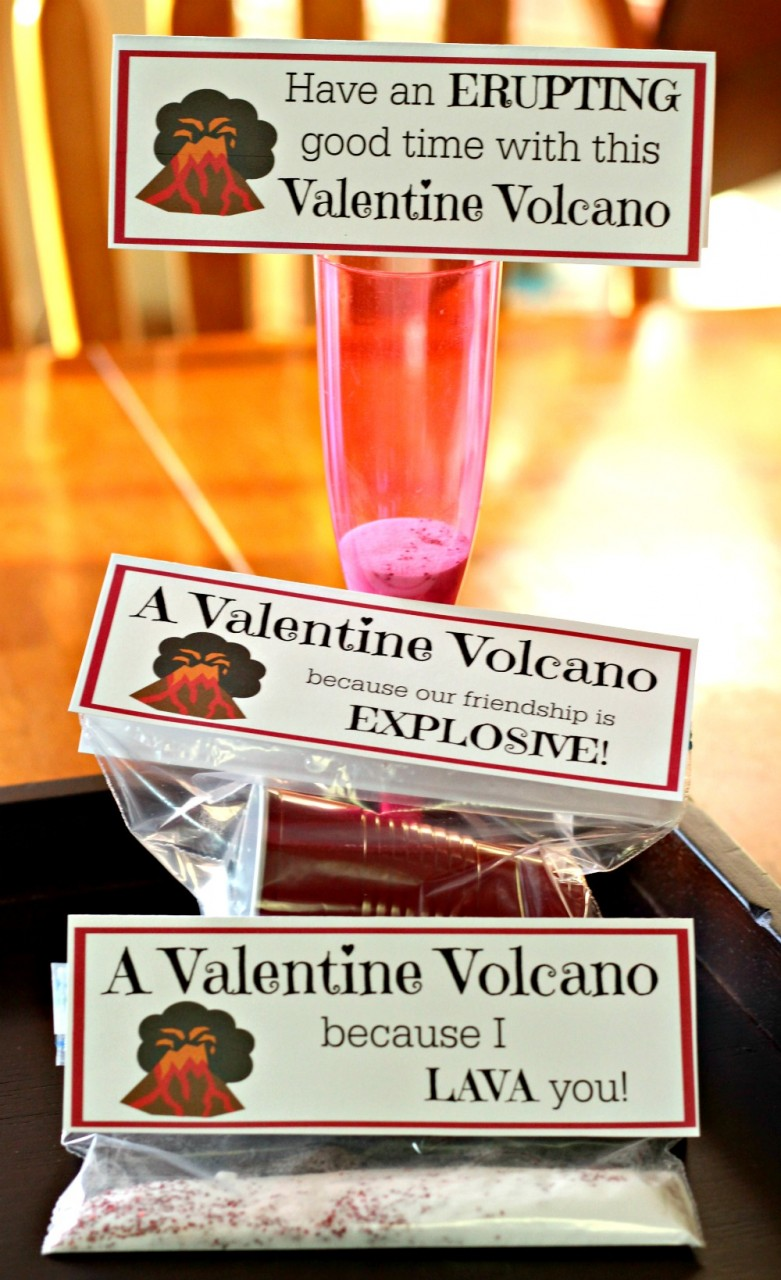 Valentine's Day Cards & Science Experiment {free printable!}