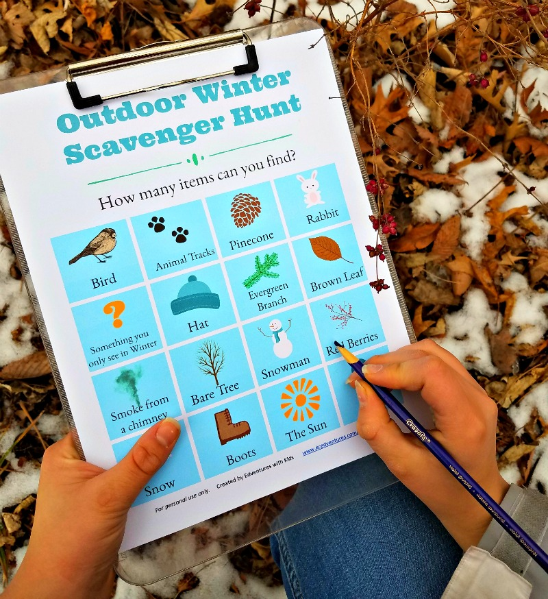 Winter Scavenger Hunt idea - get outside with this free printable list!