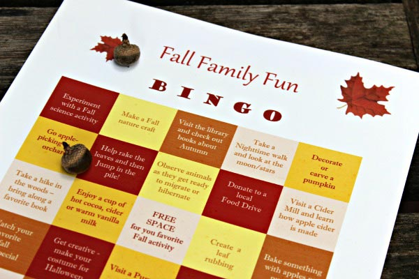 50 Fun Fall Activities for Families BINGO game |Edventures with Kids