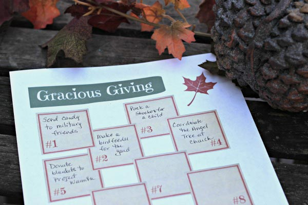 Free printable for planning family service projects for the holidays