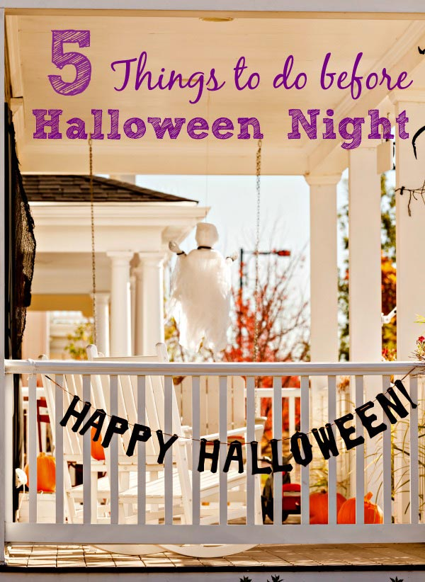 Things to do at home on Halloween night, trick or treat safety and Halloween dinner ideas!