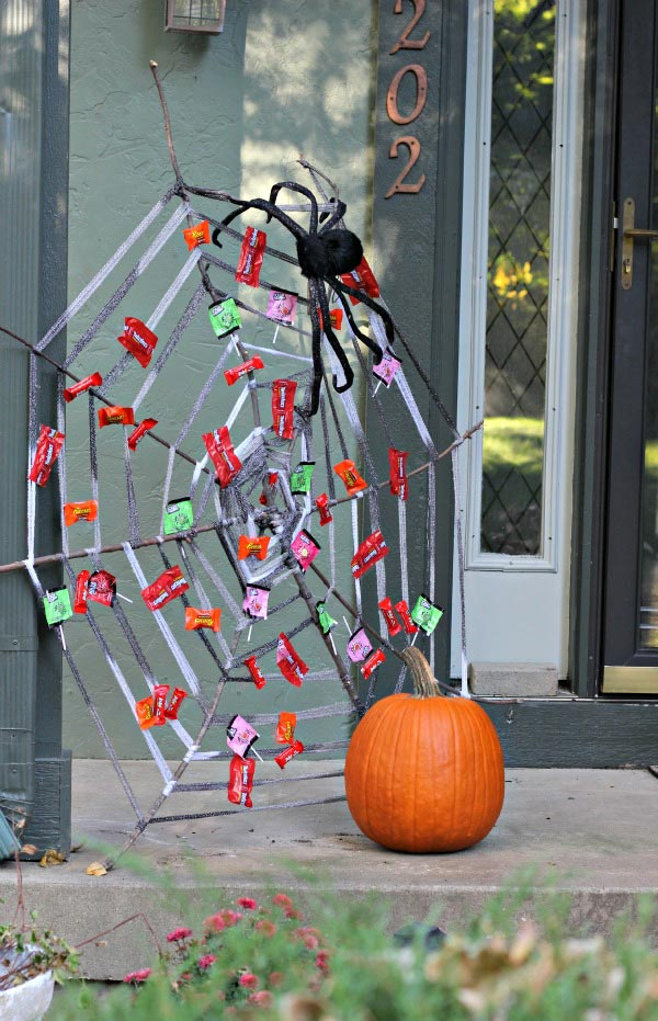 oversized spider web craft for Halloween