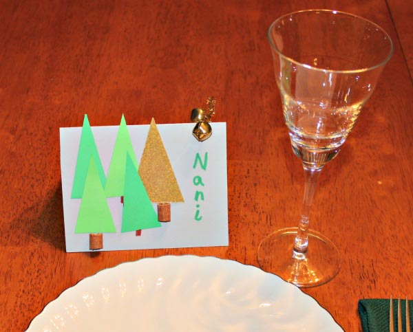 Decorating the Holiday Table: DIY Name Cards for Guests