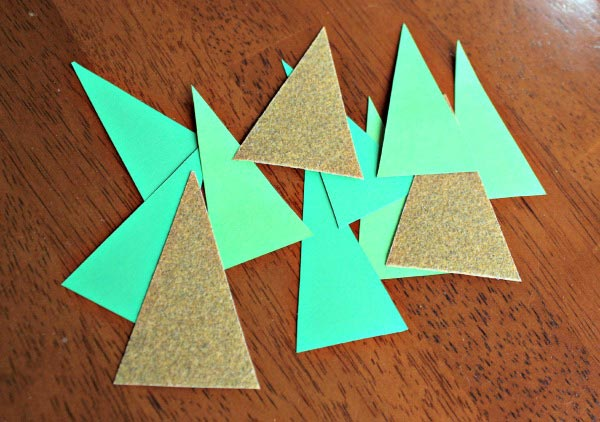 DIY Holiday Placecards that can be created by the Kids