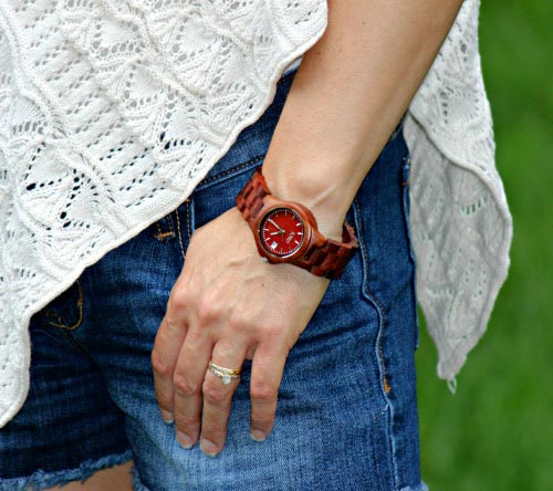 Win a gorgeous wood watch from Jord!