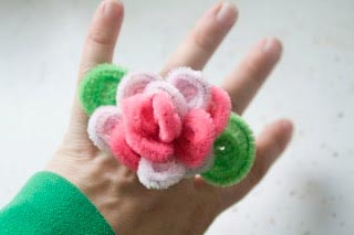 pipecleaner-flower-rings