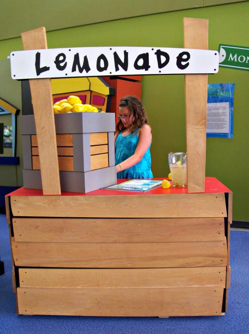 Playing Lemonade Stand Topeka Children's Museum