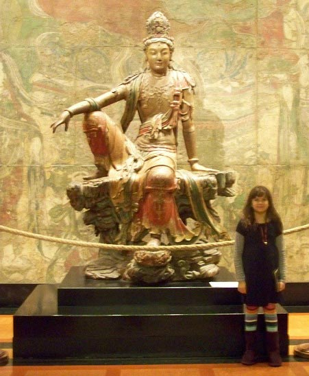 Fun activities for kids to do while visiting an art museum