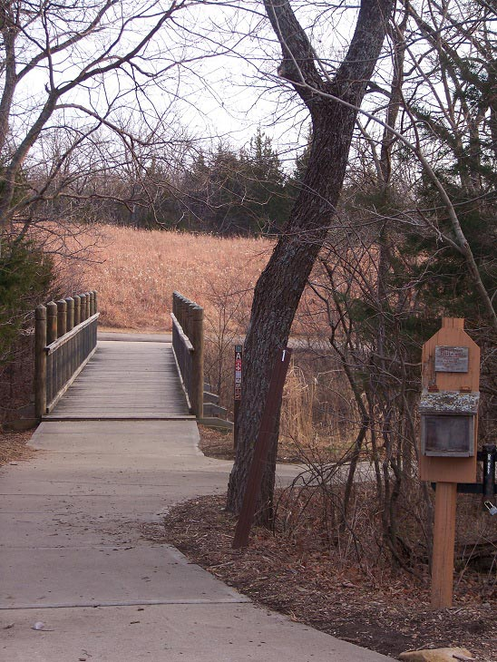 hiking trails at nature centers