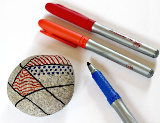 nature craft for kids - zentangle rocks